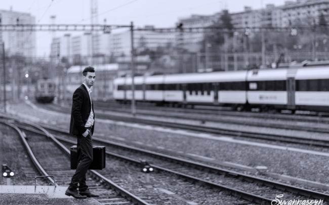 homme man genève geneva maquillage maquilleuse make up photographe photographer exterieur mode noir blanc