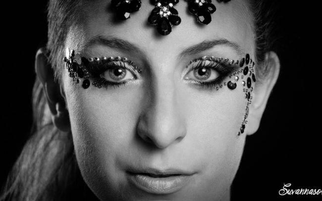 photographe genève séance photo femme maquilleuse maquillage make up shooting noir blanc portrait