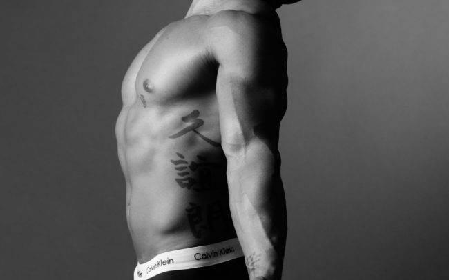 photographe genève séance photo homme maquilleuse maquillage make up shooting art artistique noir blanc