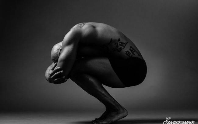 photographe genève séance photo homme maquilleuse maquillage make up shooting art artistique noir blanc academique