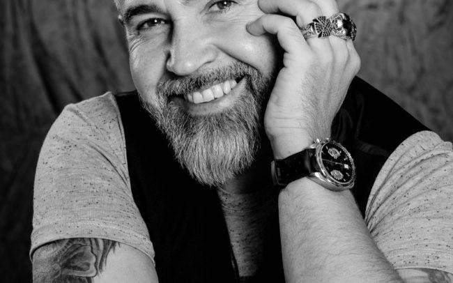 photographe geneve homme man barbier barbe nb noir blanc maquillage maquilleuse portrait