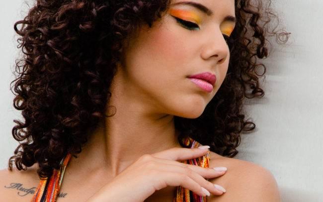 séance photo genève geneva photographe maquillage maquilleuse extérieur portrait femme beauté