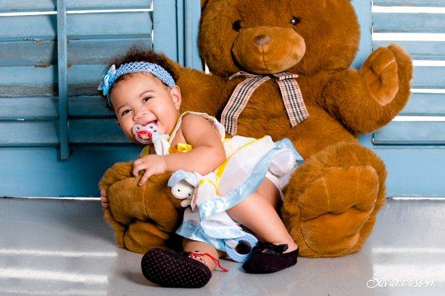 séance photo geneve photographe femme enfant bebe baby book fille