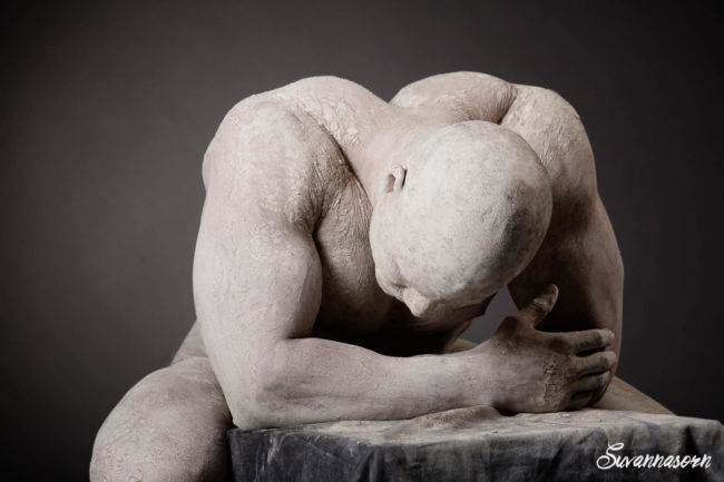 homme séance photo photographe genève sexy nu artistique argile art shooting noir blanc