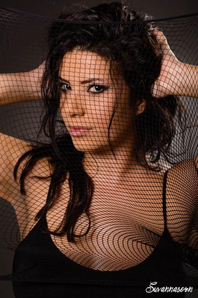 séance photo genève photographe femme maquilleuse maquillage studio suvannasorn portrait
