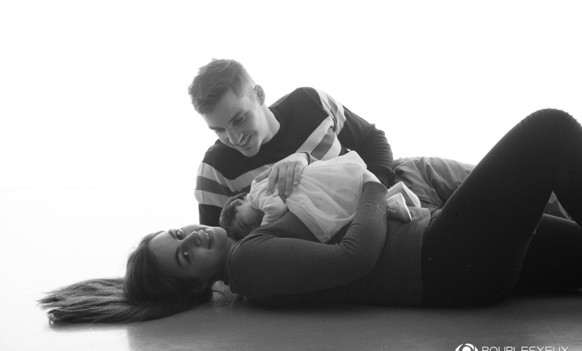 Shooting photo bébé nouveau né genève grossesse enfant enceinte carouge