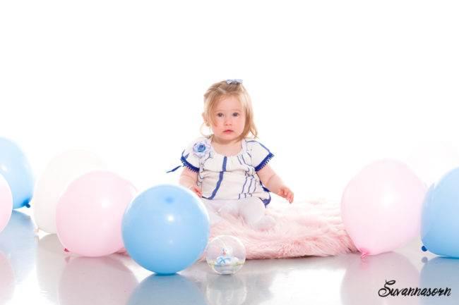 photographe genève famille enfant fille garçon séance photo shooting bébé baby book nourrisson