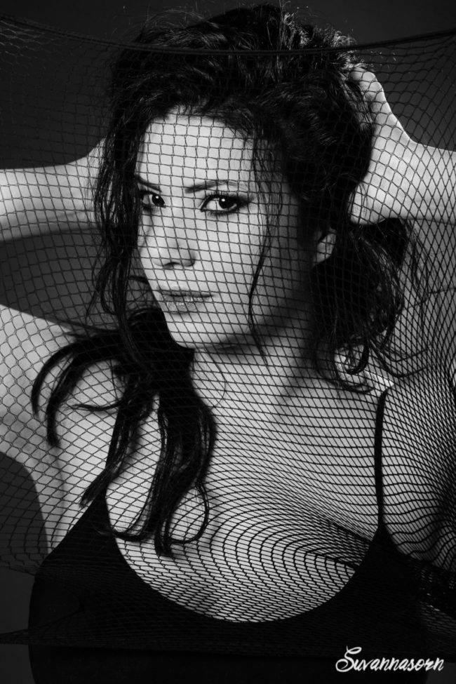 photographe maquilleuse maquillage beauté mode portrait séance photo shooting femme noir et blanc